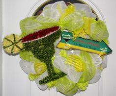 Loads of ideas for party wreaths