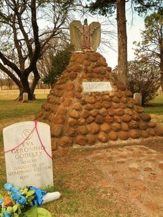 Geronimo's grave Apache Cemetery Fort Sill OK