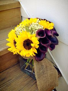sunflower bouquet with lilies...and burlap!