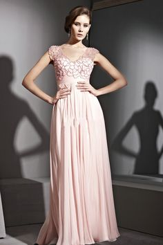 Hand Made Chiffon A Line V Neck Pink Prom Dress£104.99