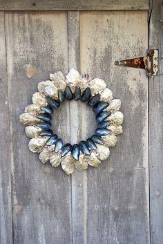 """""""bluebird"""" oyster & mussel wreath"""