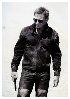 a very dusty Daniel Craig