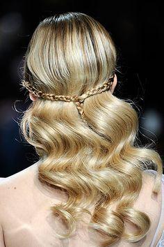 Spring 2010 Couture  Elie Saab #hair