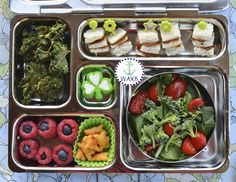 planetbox lunch today, using funbites to create a cute little green theme!