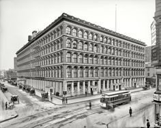 Wanamaker's Store at 10th and Broadway - what used to be across the street from my office..