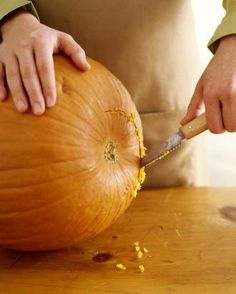 The ultimate guide to carving a pumpkin -- pin now for fall!