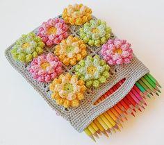 Dada's place: Blooming garden crochet bag