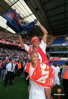 Thierry and Gilberto celebrate winning the league at Tottenham, 25/4/04. #Arsenal