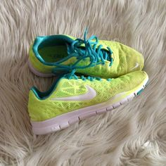 Nike Shoes - Nike Free TR Fit 3