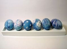 Naturally dyed Easter eggs. Use purple cabbage for this fantastic blue. Full instructions included.