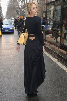 Black Dress, Back