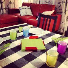 Christian's #house #plexi #plexiglass #perspex #plastica #designtrasparente Portatovaglioli di design trasparente rosso, giallo,verde,blu,viola.
