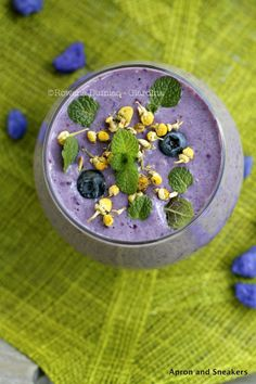 Chamomile, Blueberry and Almond Milk Smoothie. We suggest Original Almond Breeze :)