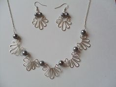 ANNA JEWELRY - another easy make that might entice me to break out the wig jig again...