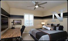 Nice Clean Simple Room for a teenage boy :)