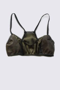 Monicaus bra. Click through for 50 awesome Etsy finds!