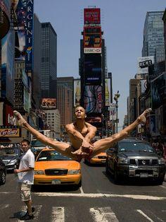 NYC. Ballet at Times Square. // Yannick Lebrun by Richard Calmes