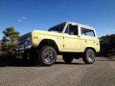 Butter cream????  Yes please.  Love this color on an Early Bronco.  UNCUT to boot.