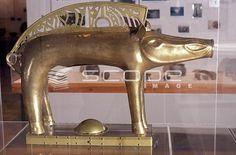 Photo et image de 33, SOULAC, musée d'Art et d'Archéologie, sanglier Gaulois # 0742070