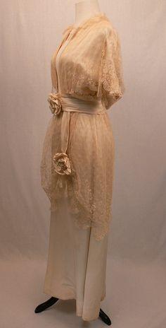 1910 Silk and Lace Wedding Dress.