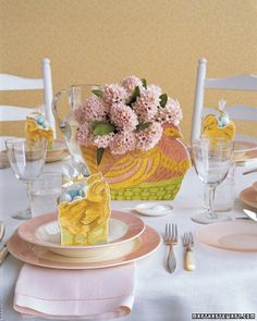 Hen Centerpiece and Chick Favors (slide 9)