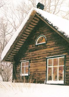 cabin in the snow. heavenly.