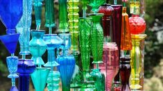 Make a wall of brilliant bottles in your garden Sherma's bottle wall-featured