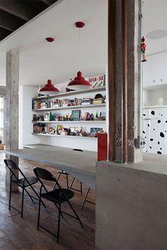 Oscar Niemeyer's loft, beautifully refurbished by architects Felipe Hess and Renata Pedrosa
