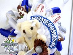 Sports Roses Homecoming Mum or Garter featuring Baseball Roses and Football Roses.  Sports Roses are available here: http://sportro.se/mums-garters