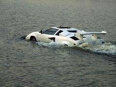 15 AMAZING FUTURISTIC CARS
