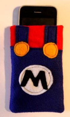 How to make Super Mario iPhone Cozy Tutorial - DIY Craft Project with instructions from Craftbits.com