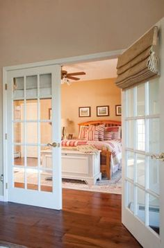 Sophisticate the master bed room