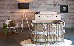 Wood wall, ADORABLE crib