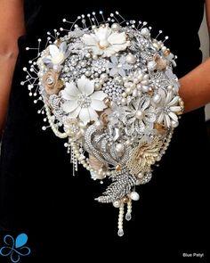 Country Rustic Bouquet - Blue Petyl Bouquets #bridal #bouquet #rustic