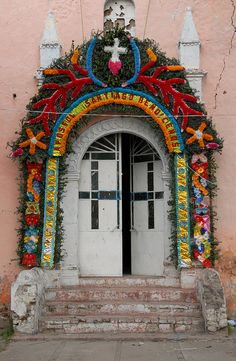 Santiago Tolman Church Door, Mexico