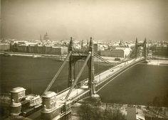 Elizabeth Bridge 1940 - Budapest