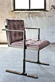Henge Diamond Chair with Arms.