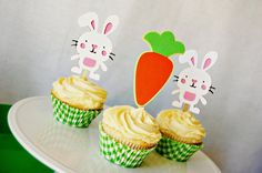 Carrot and Bunny Cupcake Toppers by Pinwheel Lane on etsy #easter #bunny #carrot #party