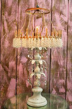 love the lamp...