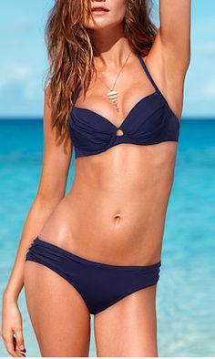 Love this bikini http://rstyle.me/n/fcd87r9te