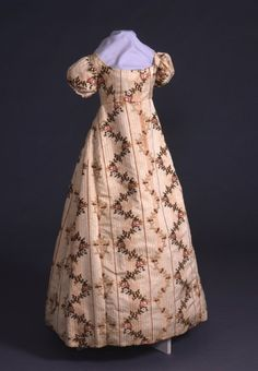 Old file notes say that this dress was worn by Sarah Louise Lane Powell (1806 - 11/27/1830) for a ball held in Shelbyville, KY, in honor of General Lafayette in May 1825 during his tour of the country.