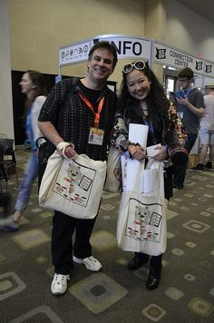 Illustrater of Twitter Fail Whale @YiyingLu poses with #SXSW bag she illustrated @Walls360