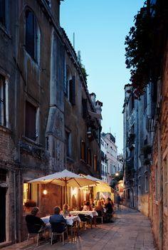 Dine al fresco tonight in #Venice, #Italy. A favorite spot is dinner at Antiche Carampane, in San Polo.