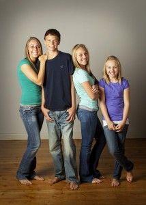 teens/sibling pose