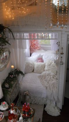 Shabby Chic Tiny Retreat...take a look at this darling tiny house! I need my space, but there are such sweet ideas here. I SO WANT THIS IN MY BACK YARD.