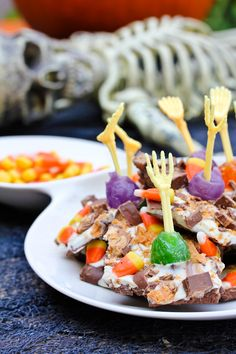 #Halloween Spooky Bark #Recipe | ASpicyPerspective.com