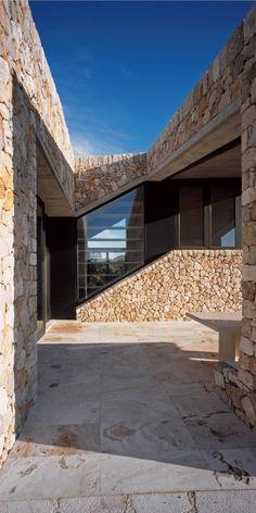 Rodia Stone House / Nikos Smyrlis Architect, Achaia, Greece