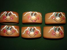 CERAMIC NAPKIN RING HOLDERS---would be cute tuna cans filled with candy