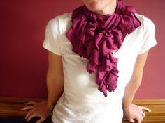 t-shirt scrunchy gathered scarf
