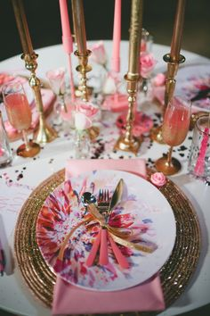 Pink + Gold tabletop by Kristen Leigh. #laylagrayce #holiday #NYE #pinkandgold
